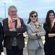 Nueva directiva de la FAPE, con María José Pacheco y e Inmaculada Ramos, segunda y tercera por la derecha.