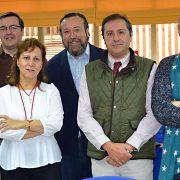 Asistentes a la Mesa Colegios-FAPE (COFAPE), entre ellos el decano del CPPA, Antonio Manfredi (derecha).
