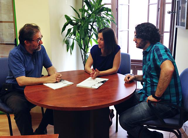 El decano del CPPA, Antonio Manfredi; la presidenta de la Demarcación de Cádiz, Libertad Paloma; y el directivo de la Demarcación y de la Junta de Gobierno del CPPA Diego Calvo.