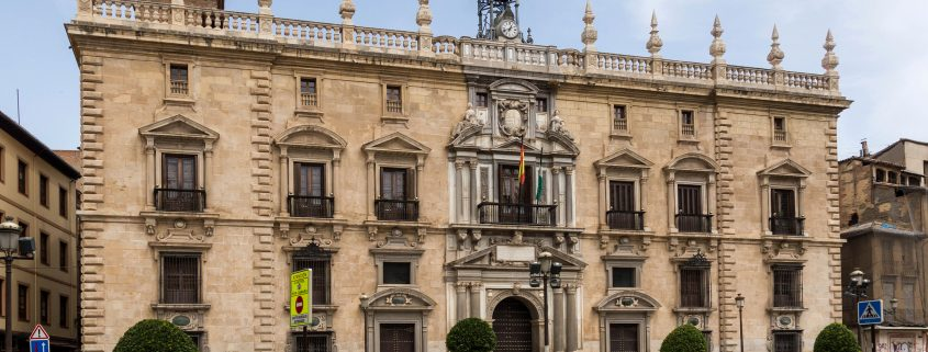 Sede del TSJA en la Real Chancillería de Granada (foto Jebulon).