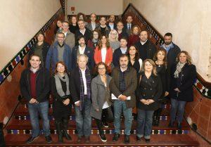Foto tras la presentación con los representantes de las entidades que ya han respaldado el compromiso