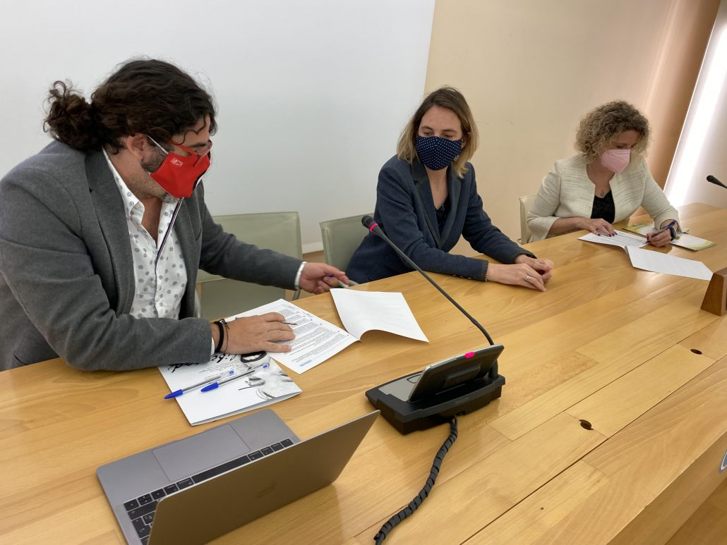 Colegio de Periodistas y APC firman el decálogo para mejorar la información sobre el Cambio Climático